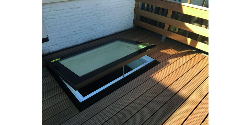 Flat Roof Window OKPOL with Flat Glass- Vented - Exterior View